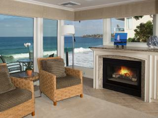 Villa Antigua - village oceanfront - coveted prop!, Laguna Beach
