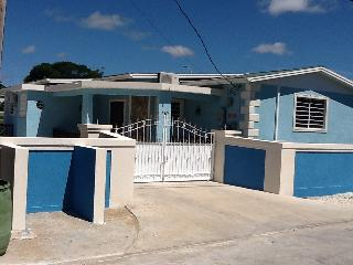 #20 Brighton Crescent - 3 minutes walk to Beach, Bridgetown