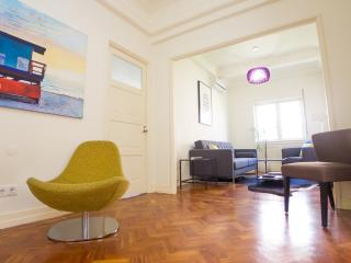 SB1- Fabulous Art Deco living, AC, Elevator, City center, Porto