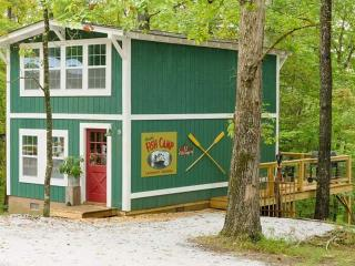 Annie's fish camp, Lakemont