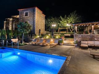 Villavia Apartments, Calamata