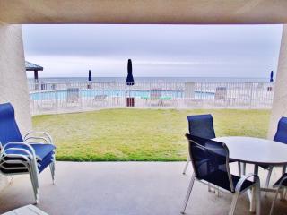 Beach House*Huge Beachfront*Heatd Pool* Amenities, Miramar Beach