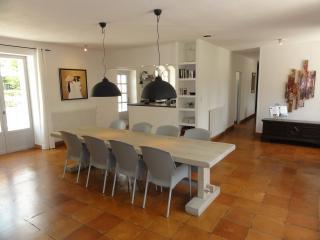 La Maison, spacieuse et lumineuse ****, Clermont de Beauregard