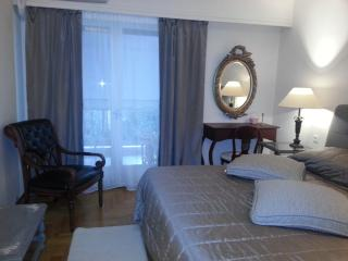 Cosy apartment in Athens center- Kolonaki