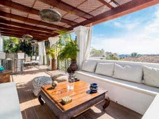 Beautiful villa in Charming La Campana, Puerto Banus