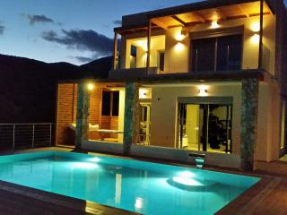 Luxury Spa Villa at Elounda area, close to sea., Plaka
