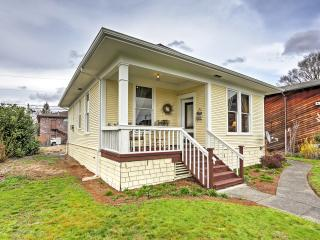 Charming 2BR Marysville Cottage 1 Blk to Downtown!