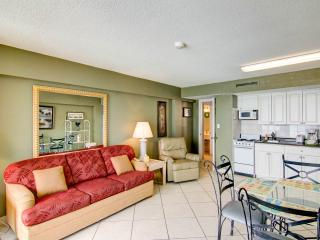 Hawaiian Inn Resort -1/1 Oceanfront $900 /wk, Daytona Beach