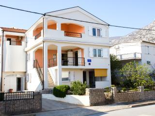 ATON APARTMENTS - RIBARICA (3 Apartments), Karlobag