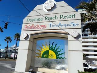 Daytona Beach Resort Jan  75/night  Ocean Front