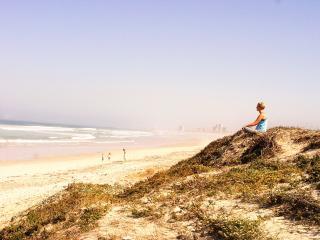 OCEAN BREEZE SELF CATERING SUITE SUNSET BEACH, Sunset Beach