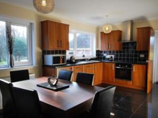 Delightful Tay Valley bungalow - Cliff View, Perth