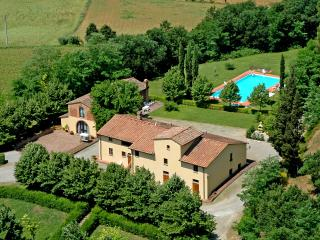 VILLA AVANELLA  tuscany holiday with swimming pool, Certaldo