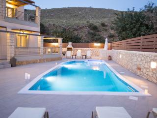 Stone & Green villa Pool and Sea Views Relaxation