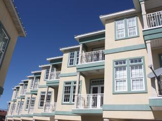 Our Home in Paradise~ Gorgeous 3/3 Townhome near Beach, Frank Brown & Pier Park