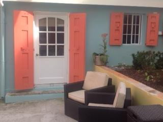 Beach theme studio apartment, Christiansted
