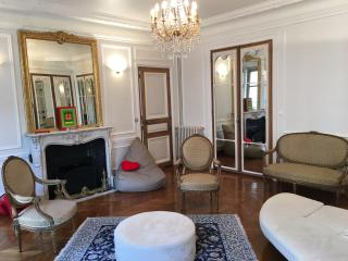 4 Bedrooms 4 Bathrooms Air Cond Champs Elysée