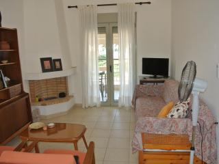 Seafront beach apartment in Nikiti