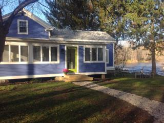 Newly Renovated Colonial on the River! Sleeps 5-6
