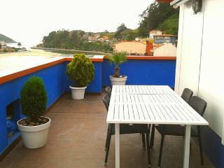Ático de 2 habitaciones con terraza de 50m2, Ribadesella