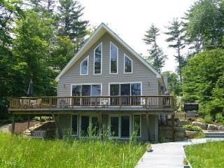 Winnipesaukee Waterfront Home For 8!, Moultonborough