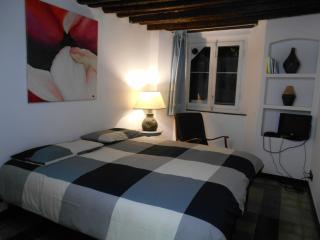 charming for 2 in old city palace