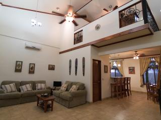 Guarded Luxury Loft in Junquillal, Playa Junquillal