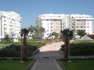 Loue appartement standing européen, Tánger
