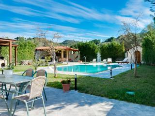 Saint Raphael Villa with Swimming Pool, Kalithies