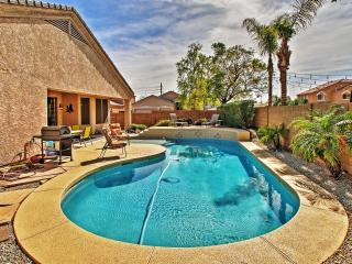 Quiet & Modern 3BR Peoria Ranch-Style House w/Wifi, Private Backyard Pool & Infrared Sauna - Quick Access to Great Restaurants, Golf, Baseball Spring Training, Outdoor Activities & More!