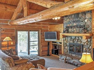 Wonderful 3BR Spring Lake Home w/Wifi, Expansive Porch & Stunning Sand Lake Views - Located in the Chippewa National Forest!