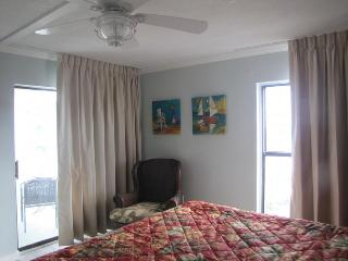 Gulf Front 2 Br 2 Bth, Breathtaking Views Of Gulf,, Fort Walton Beach