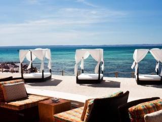 Luxury beach condo in La Paz