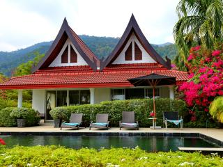 K Chang Beach Front 5 BR 4 Bath with Private Pool