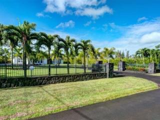 The WHITE PEARL... Large, Private Luxury ESTATE, Keaau