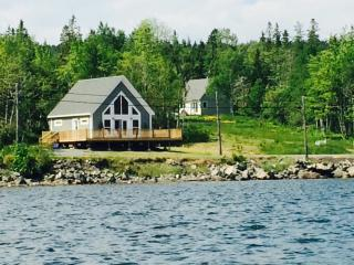 Coastal Cottages Baddeck Bay