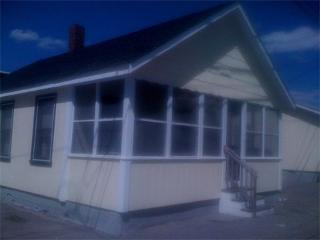 5 MIN WALK to Beach!2-3 BDRM COTTAGE Manchester St, Hampton