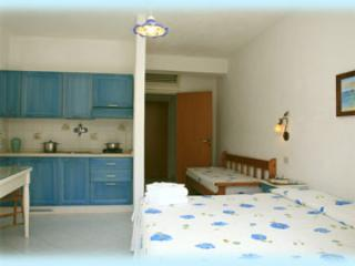 Self-catering studio apartment with thermalpool, Forio