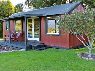 The Grassy Flat Hut