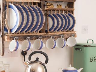 driftwood plate rack