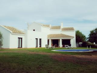 Villa with pool in Costa de la Luz, Novo Sancti Petri