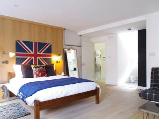 Fitzrovia Studio 3 |Style and central location | Walk to theatres