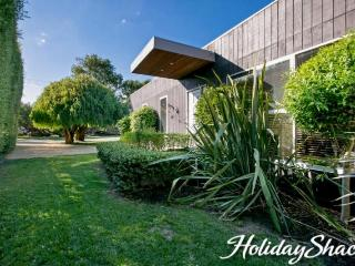 Canterbury Villa - Luxury Blairgowrie Retreat