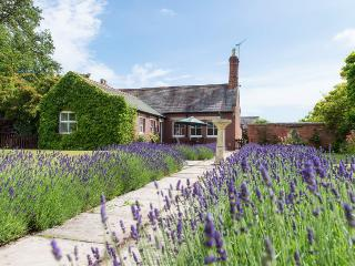 The Holiday Cottage, Long Marston