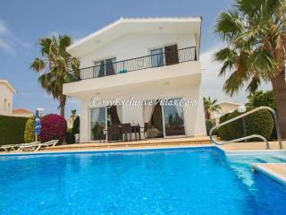 Villa Roker, Paphos