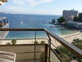 Stunning apartment by the sea, Calvia
