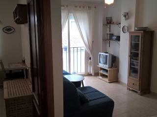 Apartamento con literas, cama de matrimonio de 1'40  y cama individual: 5 plazas