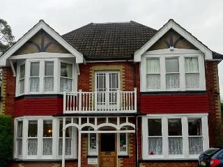 Gatwick Gable End Guest House, Horley