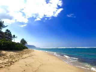 2 Bedroom North Shore Beach Condo, Waialua