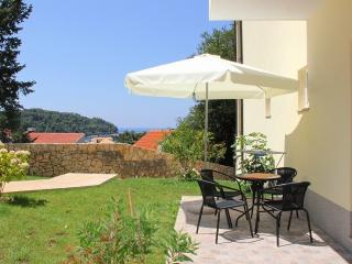 Modern Apartment close to Cavtat old town - Orange
